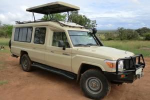 7-safari-vehicle